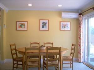 Air conditoner in dining room